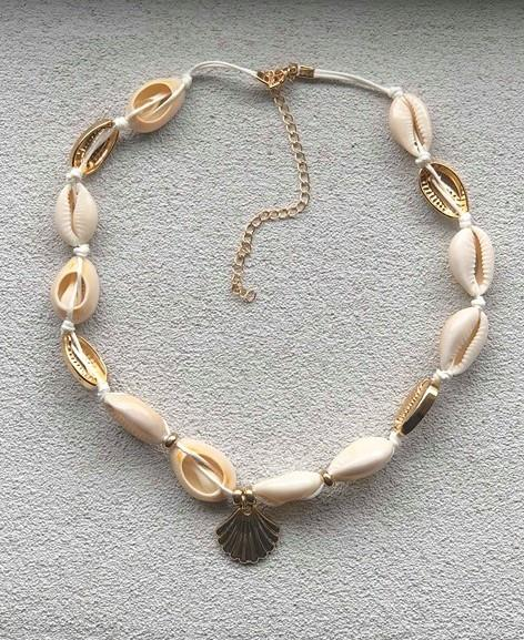 Avola seashell necklace