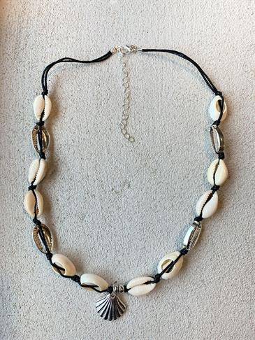 Venedig seashell necklace