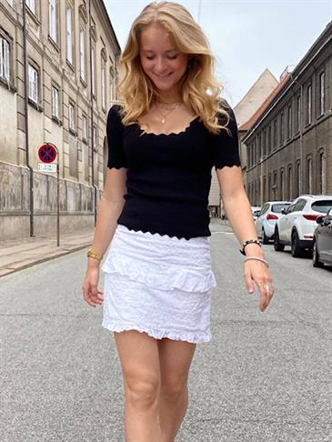Fia skirt with embrodery anglaise